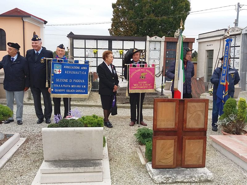 30.10.2019 Cerimonia al Soldato di Cavalleria Elino Menegatti Campodarsego Padova
